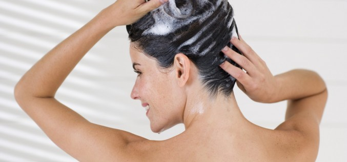 4 receitas caseiras para hidratar os cabelos