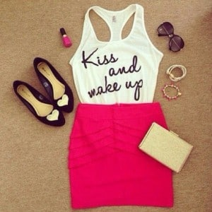 k3fja9-l-610x610-shirt-white-t+shirt-kiss+make-black-skirt-tank