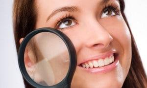 poros-dilatados-pele-rosto-oleoso