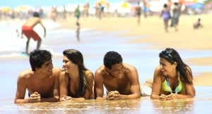 alegria_praia_amigos