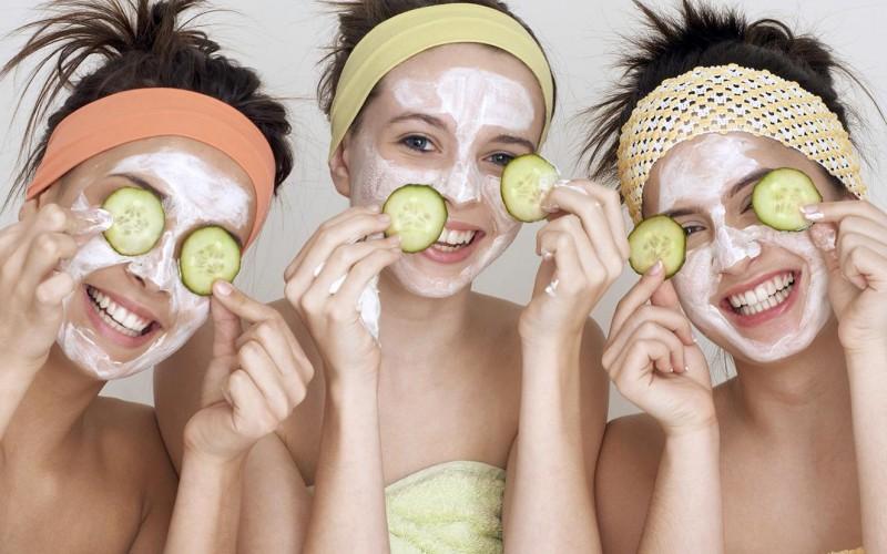 Como clarear e eliminar as manchas no rosto