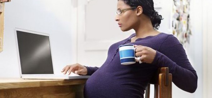 Tomar café na gravidez faz mal?