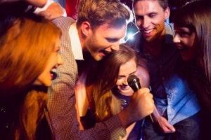 karaoke_cantar_com_amigos