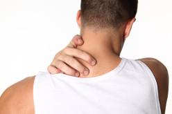 Dor constante no pescoço: o que pode estar envolvido?